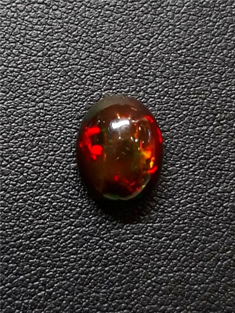 AAA++ Beautiful Welo Black Opal Red Fire Eithiopian Black Opal Size 11.6X9.2X5.5 mm Cts 2.27 Cabochon Handmade Gemstone Jewelry Making