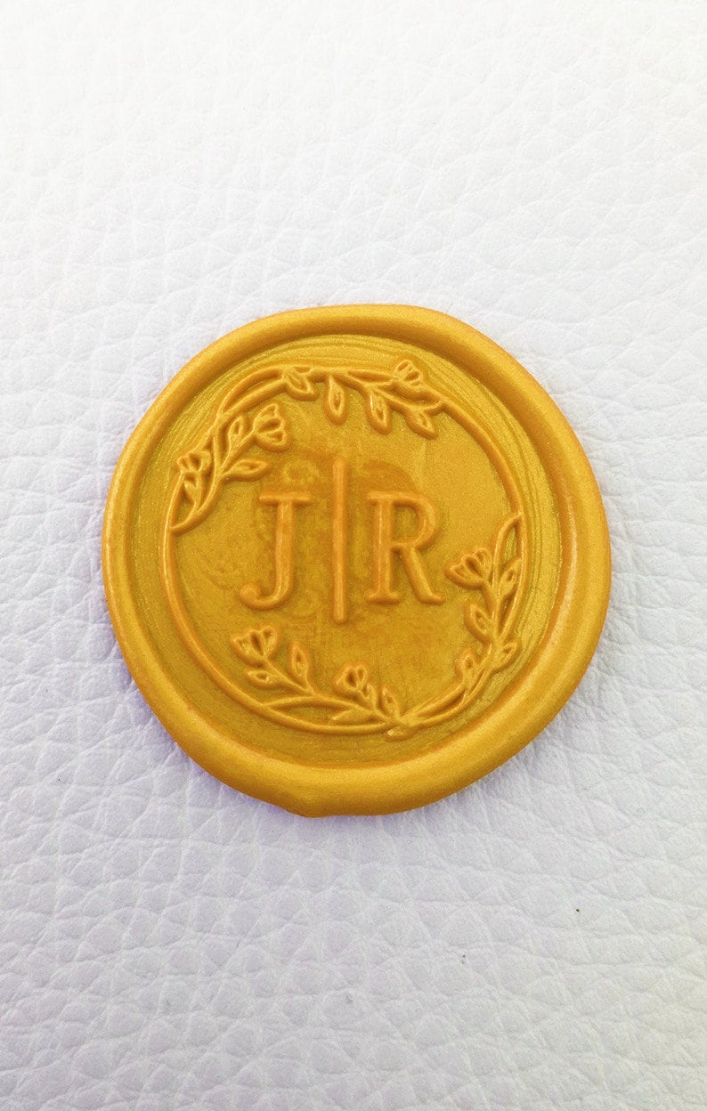 wedding custom metal stamp Personalized initials with wreath wax seal stamp custom sealing wax stamp custom wax seals kit