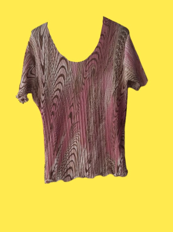 Pink and Beige Psychedelic Print Pleats Tee Shirt