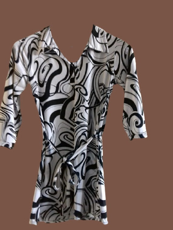 Black and White Psychedelic Print Blouse S
