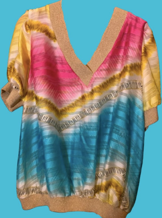 Blue and Pink Print Top with Puffy Sleeves L