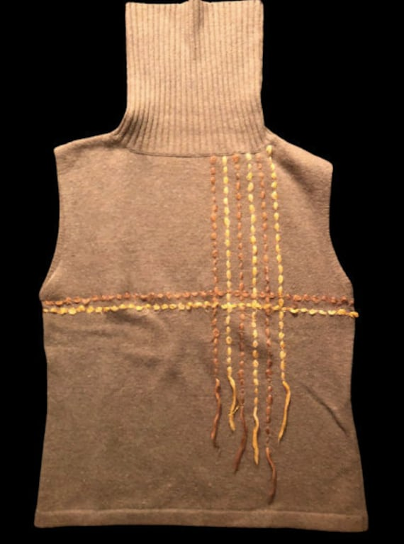 Brown and Beige Turtleneck Sleeveless Pullover L