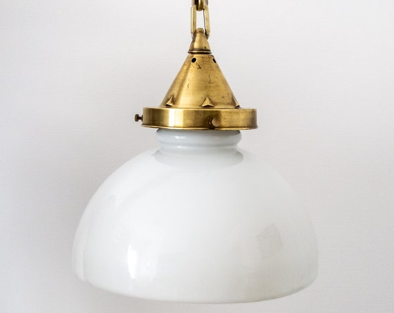 Art Deco Opaline Suspension