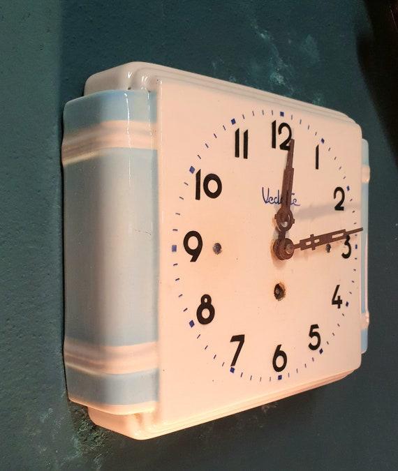 Featured ceramic clock