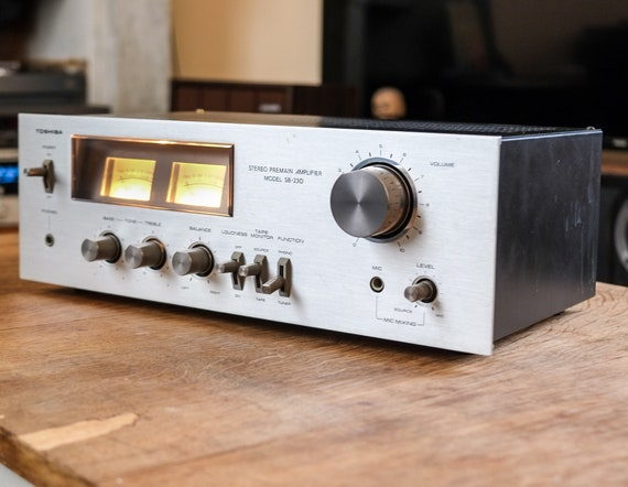 Hifi amplifier Toshiba SB 230 - 1977