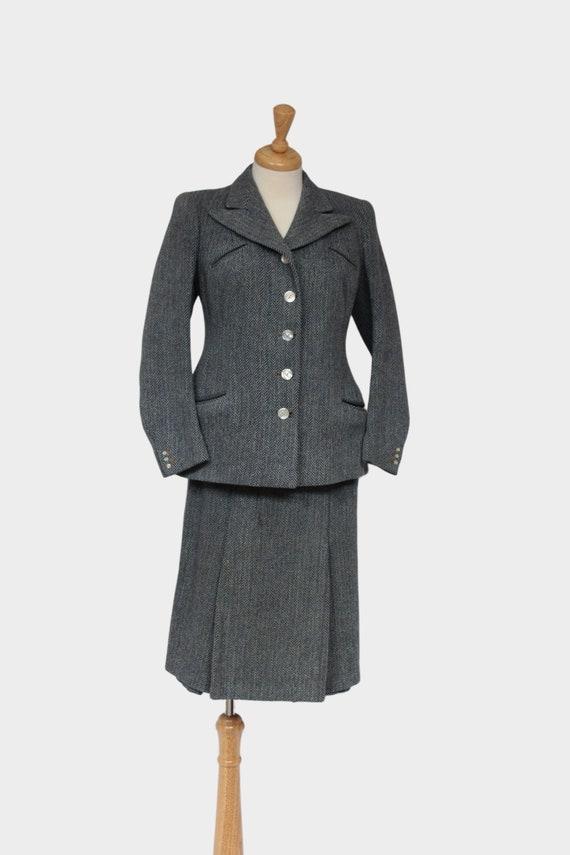1940s Ladies Suit, Ladies Vintage Jacket and Skirt - image 1