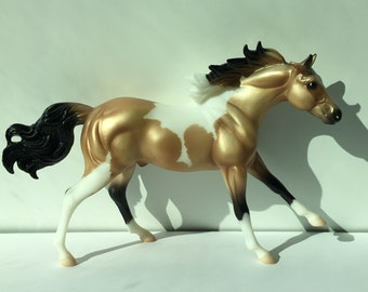 Small Laying Down Horse Stallion Mare Equestrian Ceramic Bisque Ready to Paint