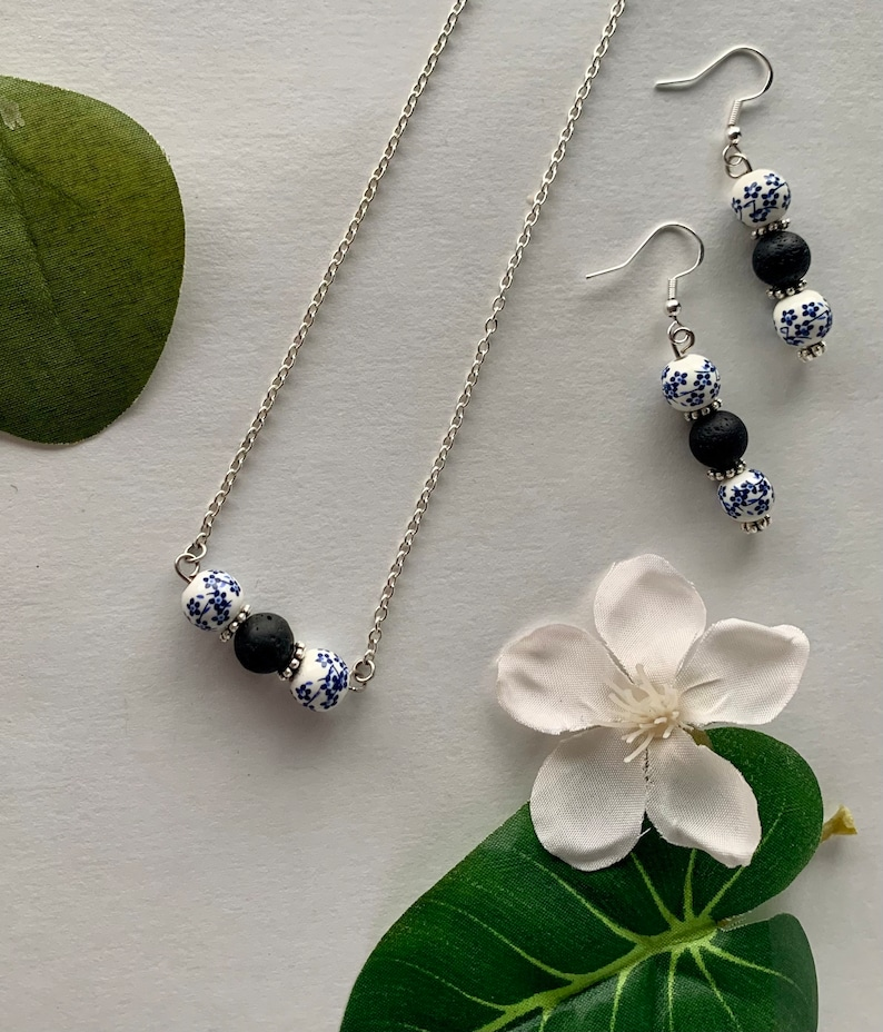 Blue Flower Beaded Earring and Necklace Set Aromatherapy Diffuser Jewelry