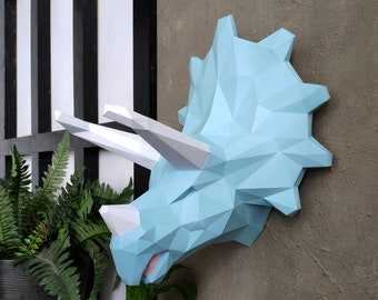 Papercraft Triceratops PDF Template, DIY paper Low Poly Triceratops Trophy, 3D Paper Sculpture Pattern