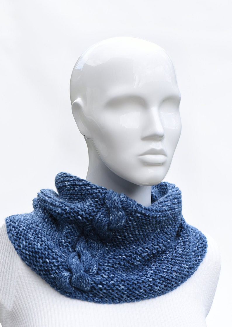 Womens Ladies Soft Chunky Knit Snood 4 Colours One Size