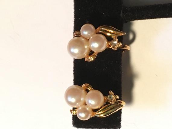 Vintage Marvella Faux Pearl Earrings & Faux Pearl… - image 9
