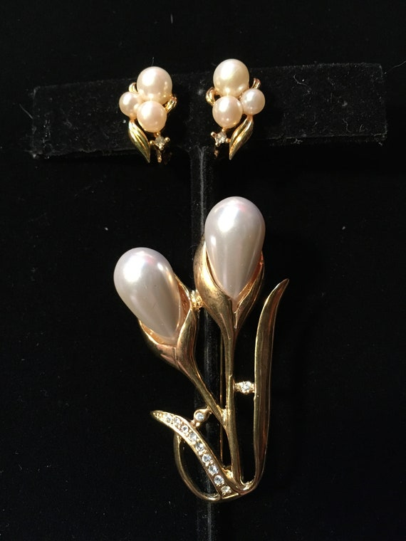 Vintage Marvella Faux Pearl Earrings & Faux Pearl… - image 3