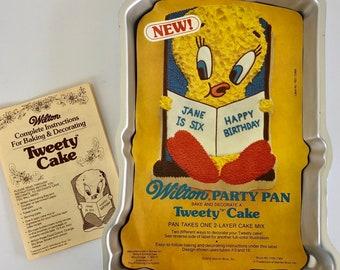 Contoured Aluminum Bakeware Wilton Cake Pan # 502-7687 Tweety Party Mould Vintage Collectible Novelty Mold Tweety Bird Party Baking Pan