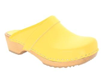 Maja Wood Open Back Yellow Leather Clogs