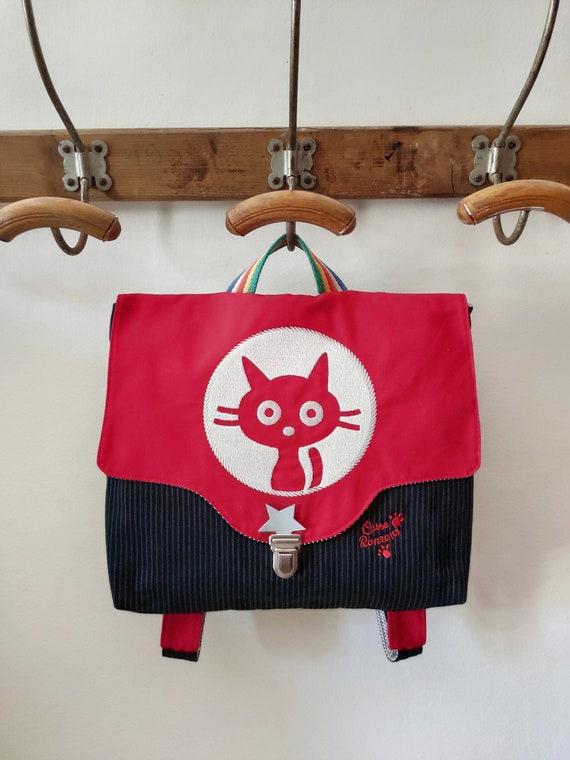Kindergarten schoolbag with embroidery