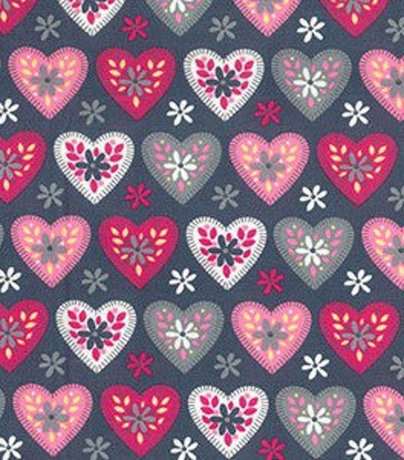 140cm wide WHITE SMALL HEARTS 100/% Cotton Poplin Fabric Material heart print