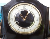 Vintage SMITHS ENFIELD Art Deco striking 8 day Bakelite clock