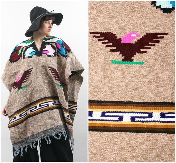 70s Poncho / Beige Poncho / Mexican Poncho / Aztec