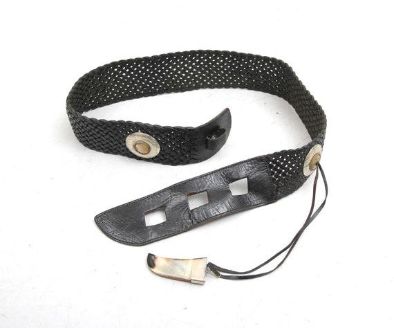 Vintage Black Braided Conch Horn Belt / 70s Wide L