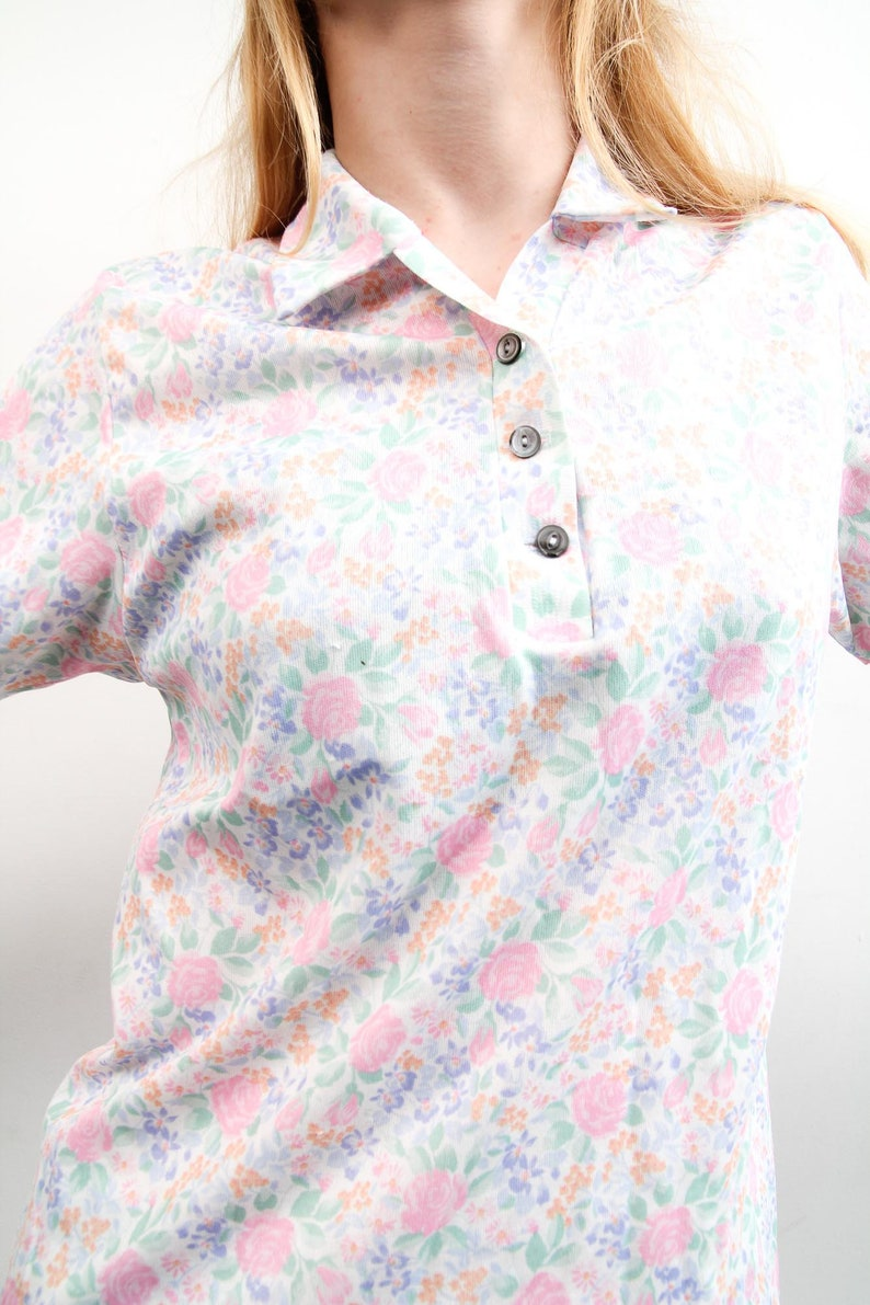 Vintage Floral Shirt  Pastel 90s Top  Short Sleeve Bohemian Top  Medium Polo Button Up Shirt  Boho Retro Top  Simple Everyday Top