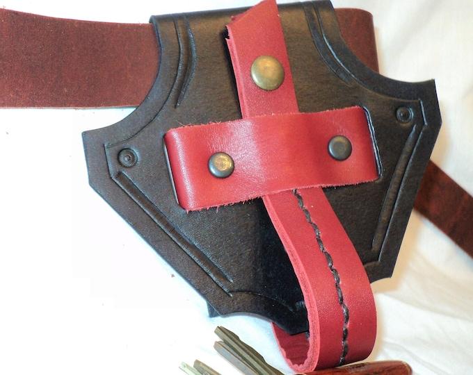 Leather Dragon's Head of Mug Holding Belt Loop; Belt Chalice Hanger; Water Bottle Belt Hanger; LARP Mug Belt Hanger; RenFaire Goblet Holder