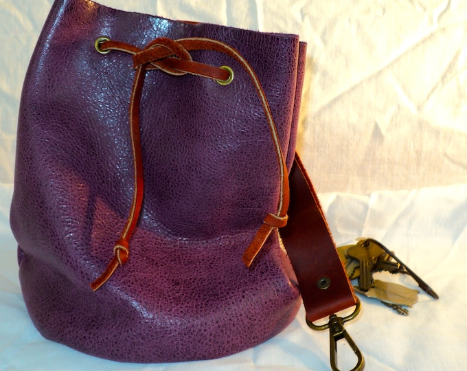 Large Leather Pouch Belt Bag; Purple and Red Medieval Satchel Style Hip Bag; Drawstring Handbag; Large Coin Purse; Personalization Avail