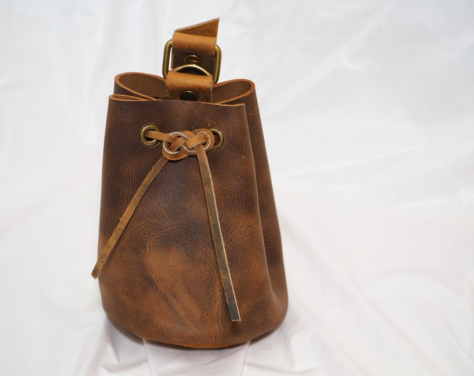 Oiled Leather Drawstring Pouch; Medieval RenFaire Coin Satchel; Dice Bag; Drawstring Purse; LARP Belt Bag; Med. Size; Personalization Avail