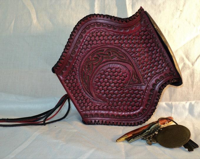 Red and Black Leather Potion Bottle Belt Pouch; Medieval Hip Bag; Renaissance Coin Satchel; LARP Waist Purse; Belt Bag; Mini Backpack