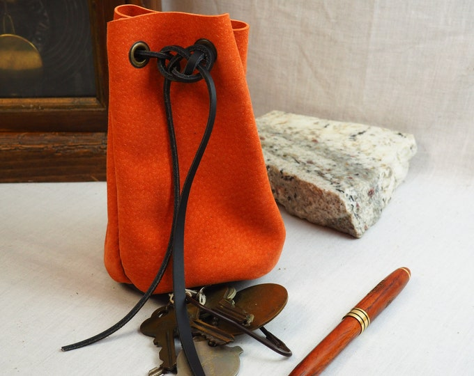 Custom Leather Pouch; RenFaire LARP Costume Accessory; Brick Red & Black Drawstring Pouch; Leather Dice Bag; Personalized Leather Satchel