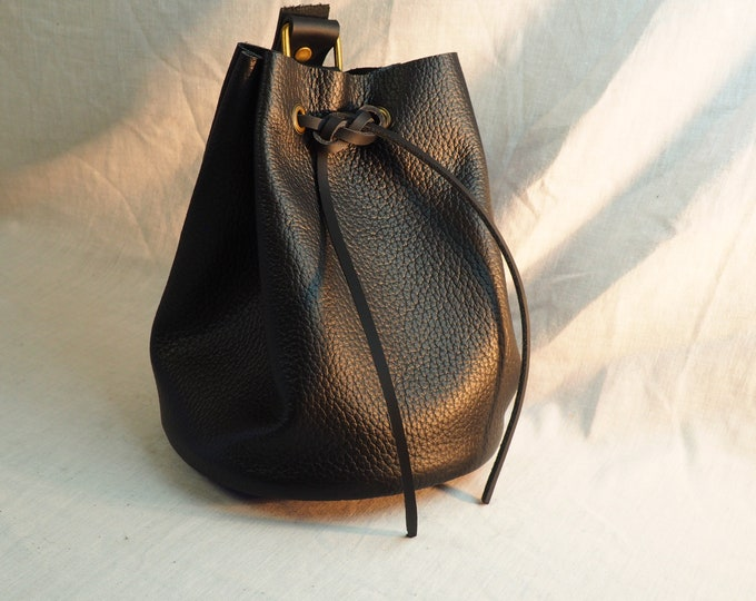 Black Leather Drawstring Pouch; Medieval Renaissance Coin Satchel; Dice Bag; Many Colors Available; Large size;Personalization Available