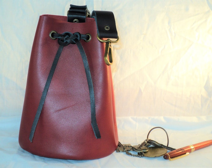 Leather Pouch Belt Bag; Black and Red Medieval Satchel Style Hip Bag; Drawstring Handbag; Large Coin Purse; Personalization Available