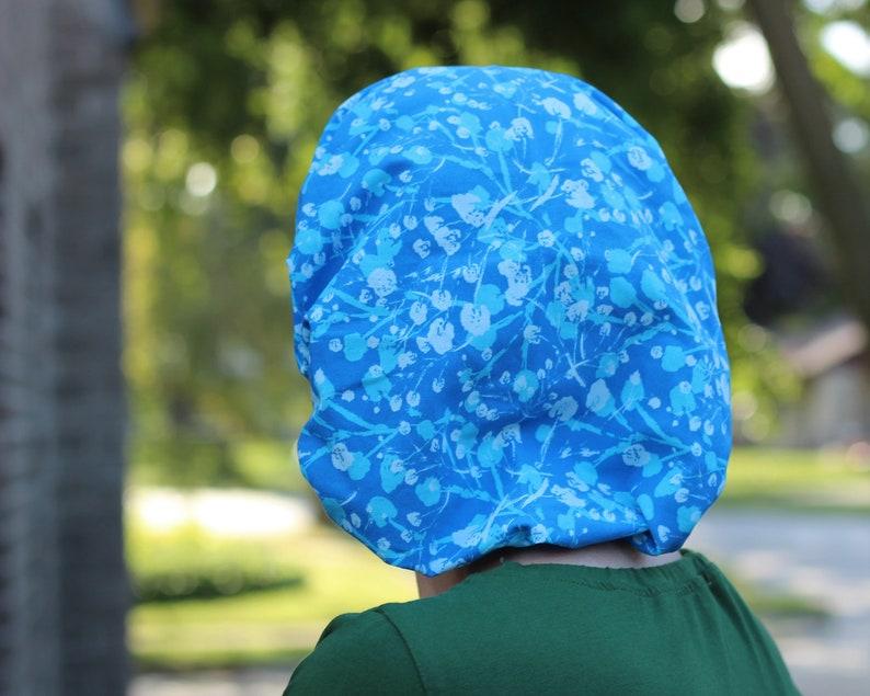 Aqua and light blue scrubs Royal blue garden coordinates with Royal Blue
