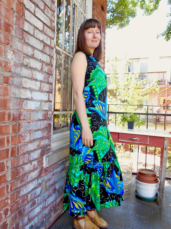 Psychedelic Butterfly Print Maxi Dress with Ruffl… - image 6