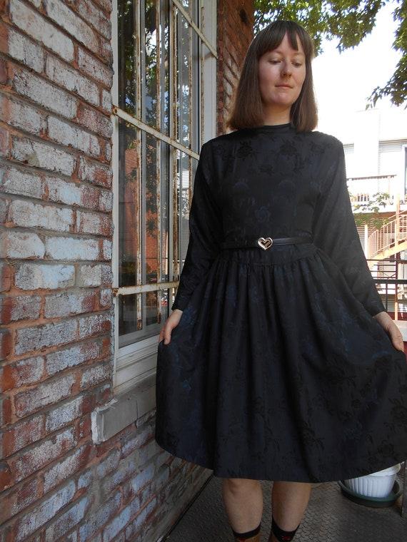 Romantic Goth Rose Print Dress 80s Lolita - image 3