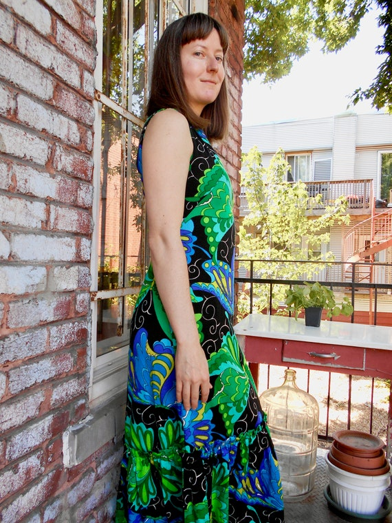 Psychedelic Butterfly Print Maxi Dress with Ruffl… - image 4