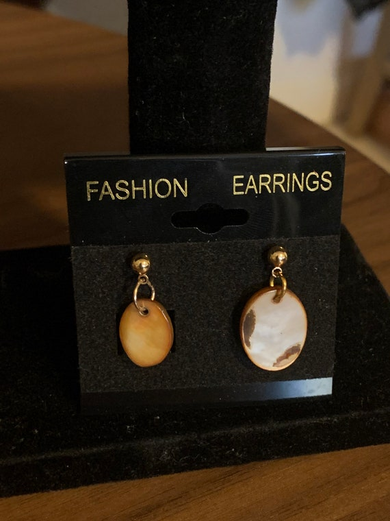 Mixed Size Mother of Pearl Earrings
