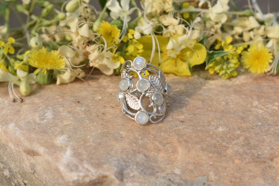 svr5481 925 Sterling Silver Handmade Designer Ring Jewelry Size US 7.5 Natural Moonstone Round Shape Gemstone Ring For Easter Sale