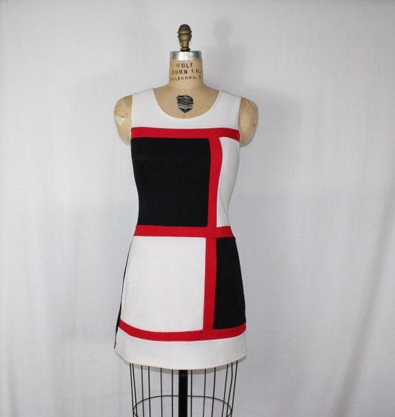 Unique YSL Mondrian collection inspired 1960s mod