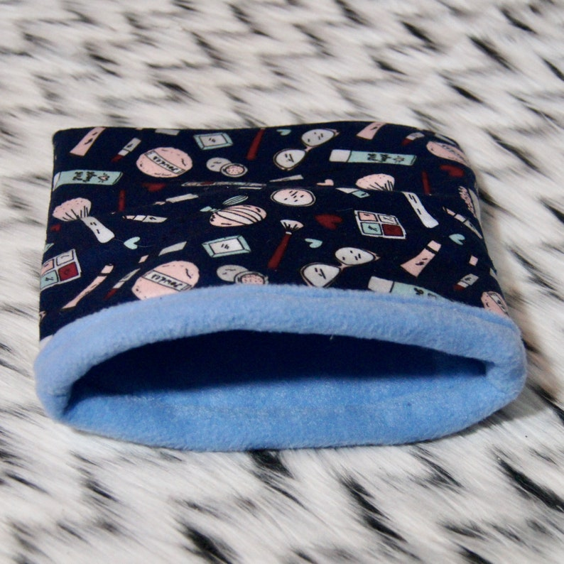 Fleece Snuggle Sack for Small Animals Pet Bed Guinea Pig Bed Hedgehog Bed Pet Accessories Makeup Print Small Animal Bed
