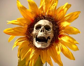 Halloween Decor Sunflower Skull Haunted House Decoration Spooky Prop Garden Ornament Handmade