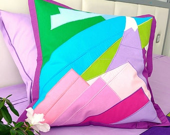 Patchwork quilt. Pillows. Set of 5 pieses.