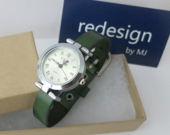 Simple watch for women. Leather band watch for women. Vintage style watch for women. RedesignMJ