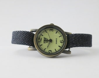 Retro watch for women. Denim band watch for women. Simple watch for women. Magnetic clasp. RedesignMJ
