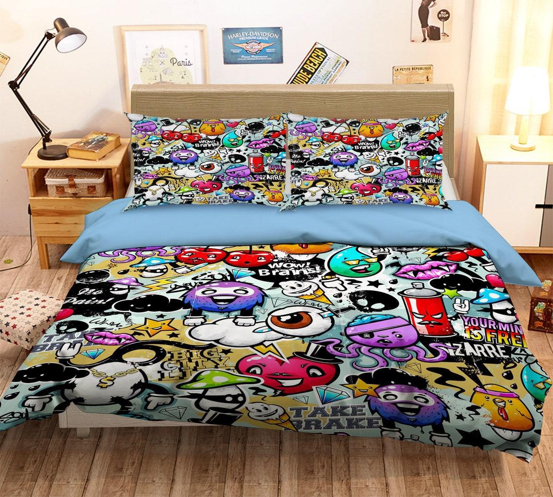Gifts for Teenage Boys   Graffiti Bedding Set   Beanstalk Mums