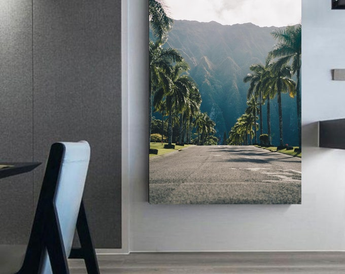 Photography with street filled with palm trees landscape on framed canvas Photo of palm tree - interior decoration