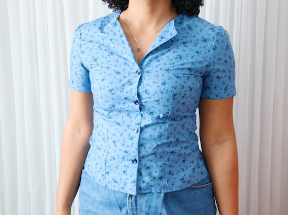 70's Blue Floral Button-Up Tee - image 1