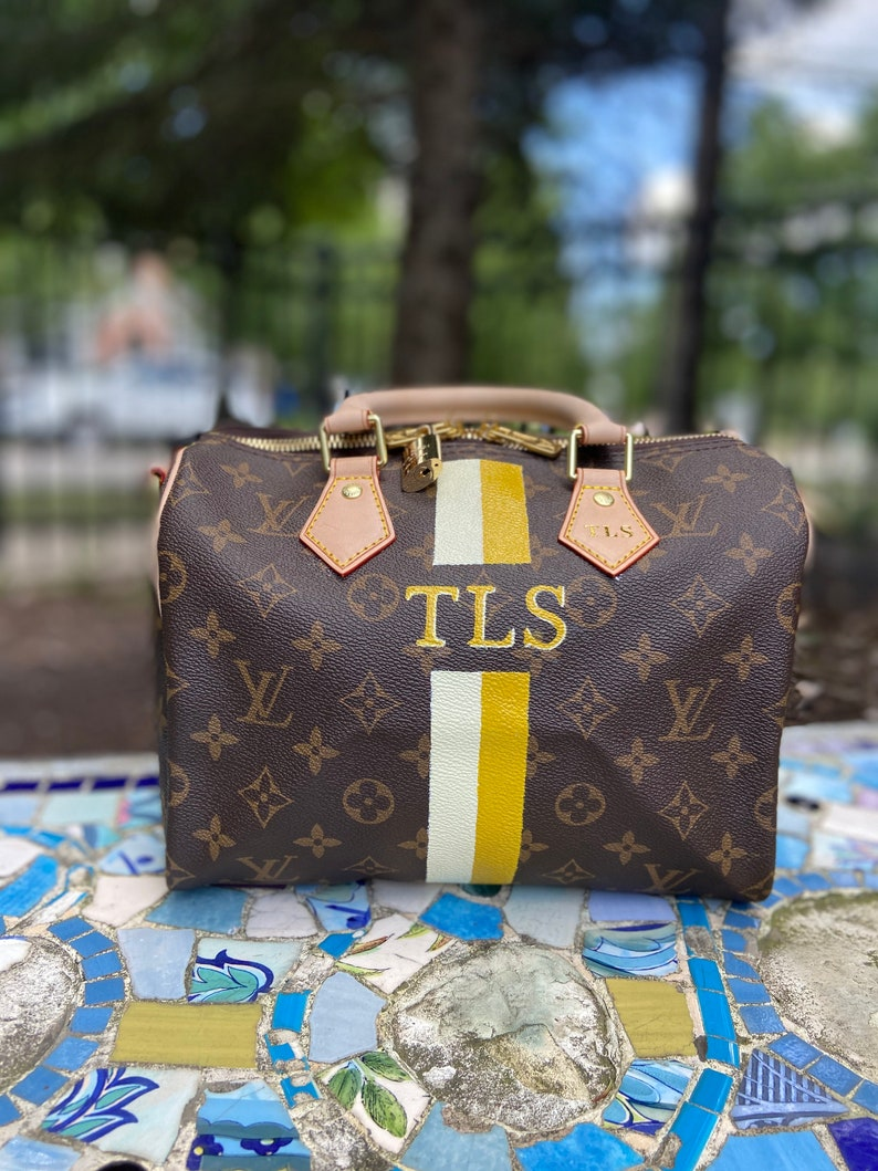 BAG NOT INCLUDED in purchase Custom Personalized Handbag Painting Price Does Not Include Bag