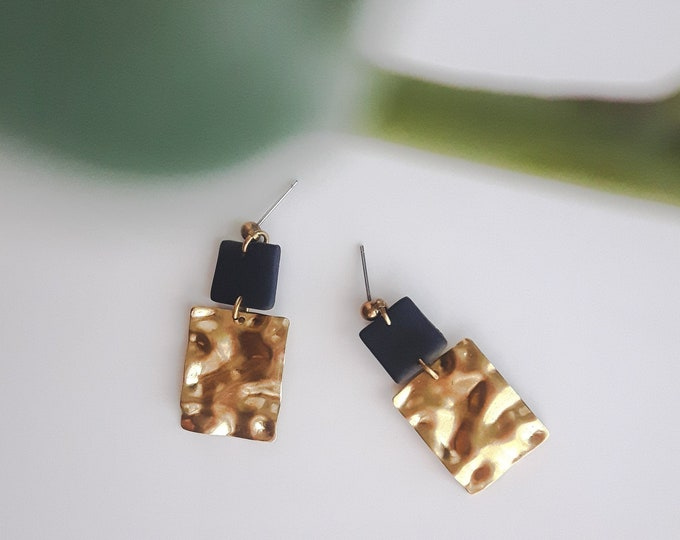 Featured listing image: Earring, black square in polymer clay, square hammered brass and brass and steel nail. Modern jewel for women