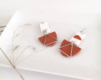 Cinnamon semicircle earring and rectangle in polymer clay, stainless steel triangle pendant, silver nail and metal ring