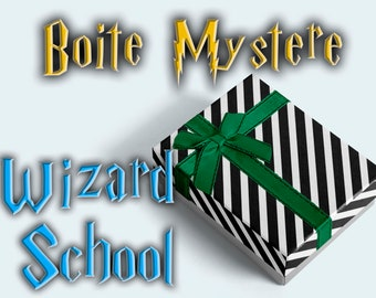 Wizard School Boite Mystère,  Unique Gift , Spells Pack Surprise Box Potterhead Gift, HP Fan Gifts, Book Lover Gift HP Wizards